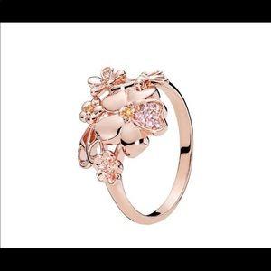 NWT Pandora Rose Pave Glower Ring 7.5